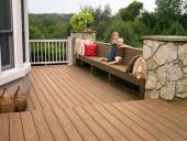 Nên chọn sàn đá hay sàn gỗ cho không gian ngoại thất ngoài trời?