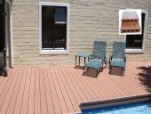 lắp sàn gỗ bể bơi